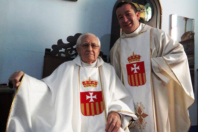 Fray Guillermo Ripoll Oliver junto a su compañero y hermano de comunidad mercedaria en Venezuela, Fray Juan A. Duque.