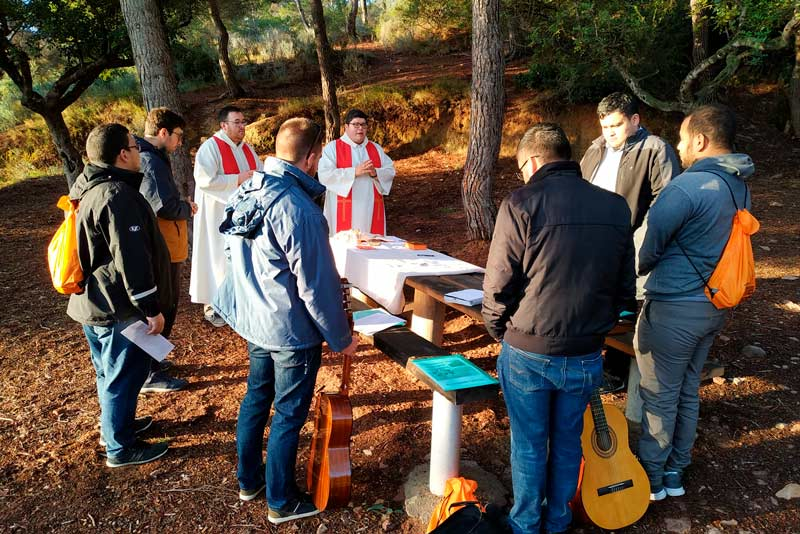 Eucaristía en la Primera Convivencia Vocacional en El Puig.