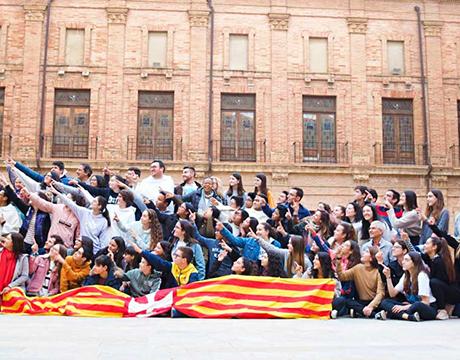 Jóvenes de catequesis de confirmación asistenetes al encuentro Llamara2, en El Puig de Santa María.